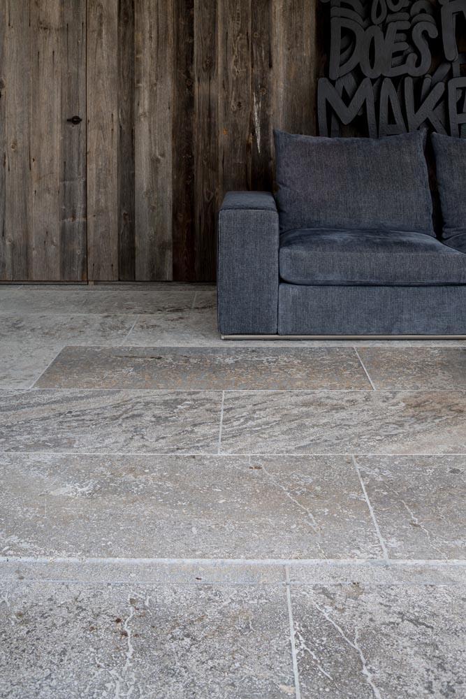 Fossil Stone Dublin - pierre de varennes tiles